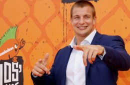Retired NFL superstar Rob Gronkowski is endorsing CBD gummies and other CBD products along with a myriad of other celebrities.